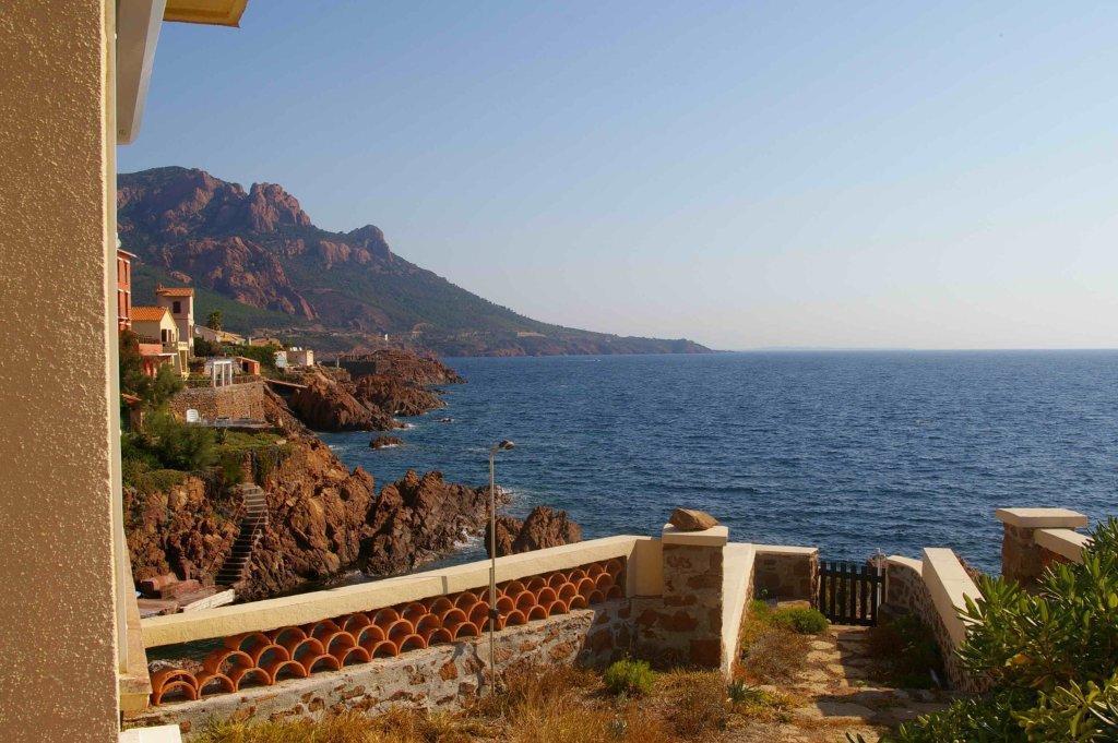 Дом в испании италии на берегу фото