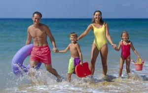 Почивка с деца на море