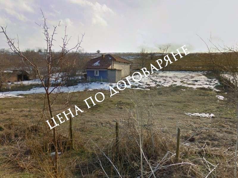 Къща с дворно място с.Нова Попина