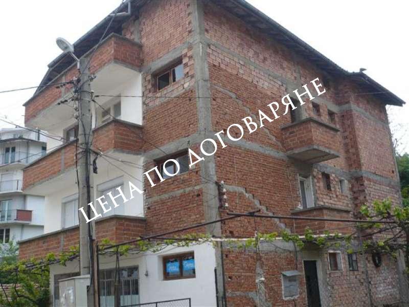 Етаж от къща гр.Сандански