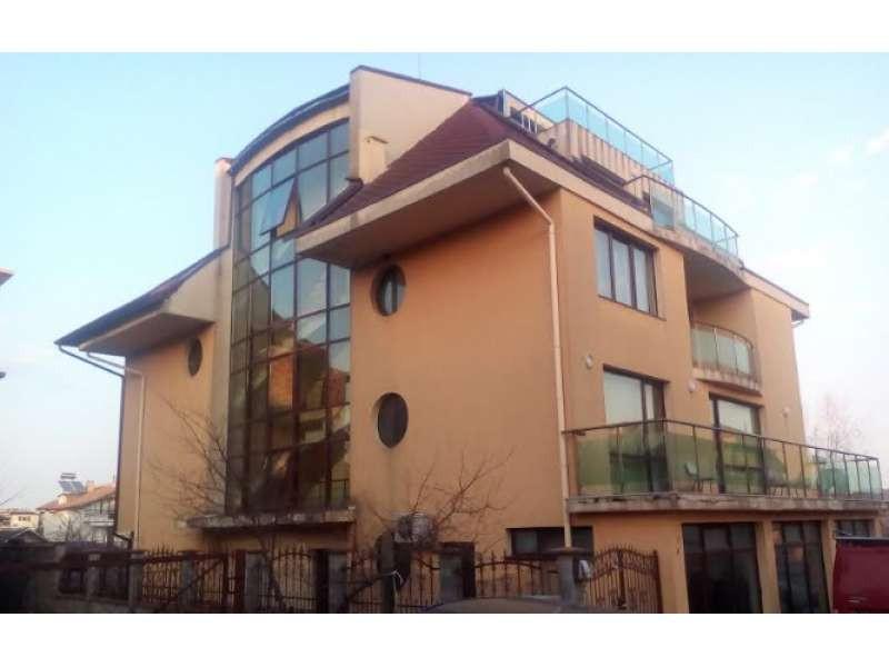 Двустаен апартамент в с.Лозенец, Бургас